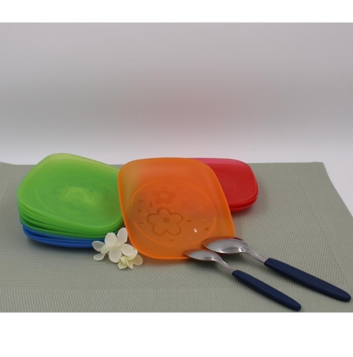 Kuchenteller mit Blumencravur (Farbe wählen)