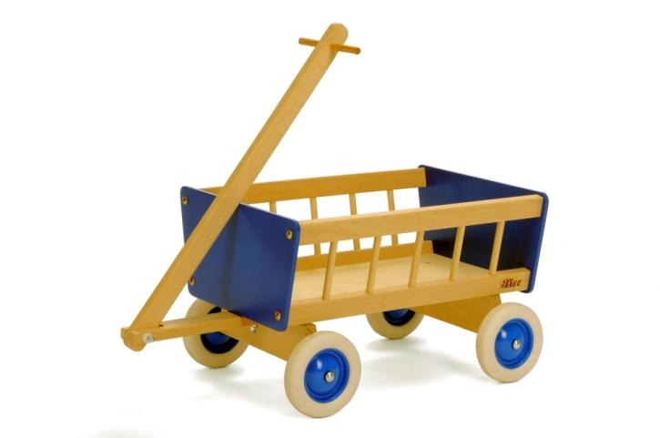 Bollerwagen aus Holz, blau