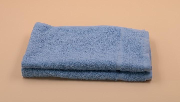 Gästehandtuch, ca. 30×50 cm, schwere Qualität 550 g/m², 100 % Baumwolle, Farbe hellblau
