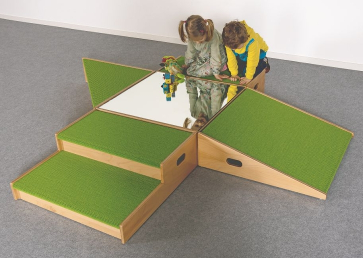 Spielpodestanlage, B/H/T 234 x 24 x 195 cm