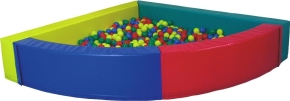 Bällebad 1/4-Kreis, Schenkellänge 200 cm (= innen ca. 2,00 m²), Höhe 50 cm, Wandstärke 20 cm, 1-teilige Ausführung!
